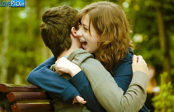 Romantic Love Hug Images HD Wallpaper